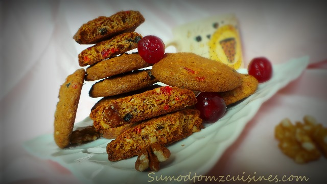 DRIED FRUITS AND NUTS COOKIES