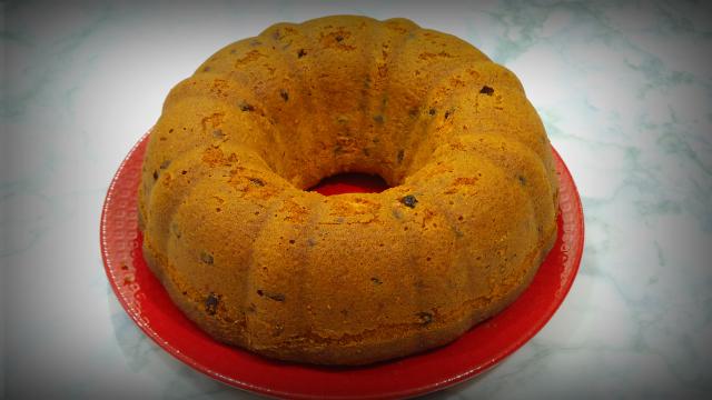 BLUEBERRIES, CHOCOLATE AND ORANGE BUNDT CAKE